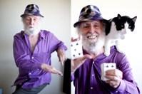 Durante a maior parte de sua vida Paul Fegen foi um multimilionário. Hoje, aos 80 anos, ele faz mágica com cartas. Paul faliu e perdeu tudo o que tinha aos 66. Agora, sua principal fonte de ganho é a modesta renda que recebe por suas atuações.