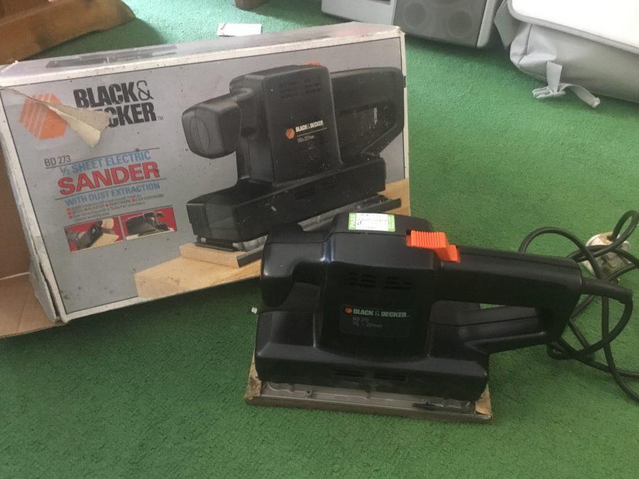 Electric Sander - Black & Decker 1/2 Sheet
