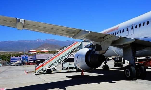 비행기에서 매너 있는 승객 되는 방법
