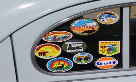 내 차에 붙은 스티커 깔끔하게 제거하는 5가지 팁!