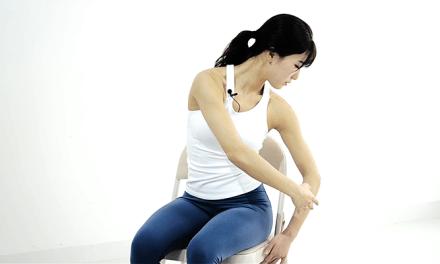뻐근한 어깨, 허리, 골반을 풀어주자! 사무실에서 할 수 있는 필라테스 3가지 (with 강민서)