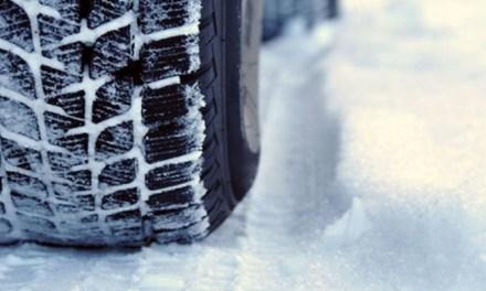 운전학원에선 못 배우는 겨울철 눈길 운전 팁 10가지