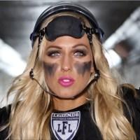 20 самых красивых девушек из мира американского футбола