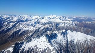 Richardson range, Mt Aspiring distant