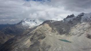 Sneak preview of the Cordillera Blanca near Huaraz