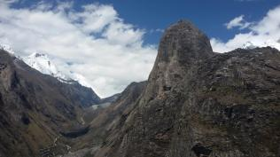 Cordillera Blanca south of Santa Cruz (1:27pm)