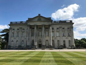 The grand mansion - Moor Park golf clubhouse