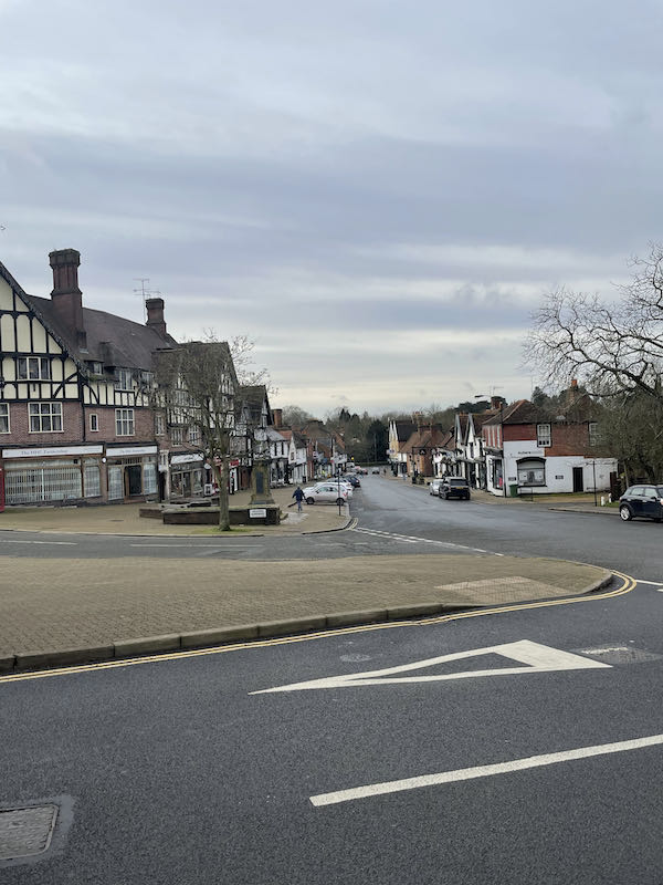 Looking at Pinner on the Harrow-on-the-Hill and 5 Park loop
