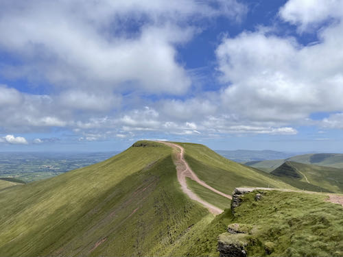 Here is a picture of the quiet route to Pen y Fan