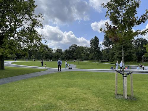 A calmer memorial on the central London parks walk