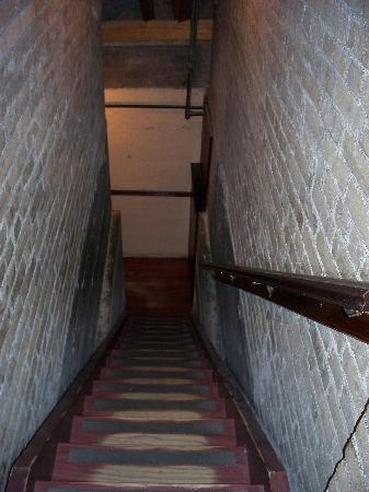 13 Houses With Secret Passageways  Sharif Wahba