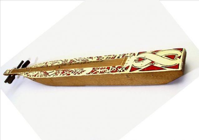 Alat musik tradisional Sampe