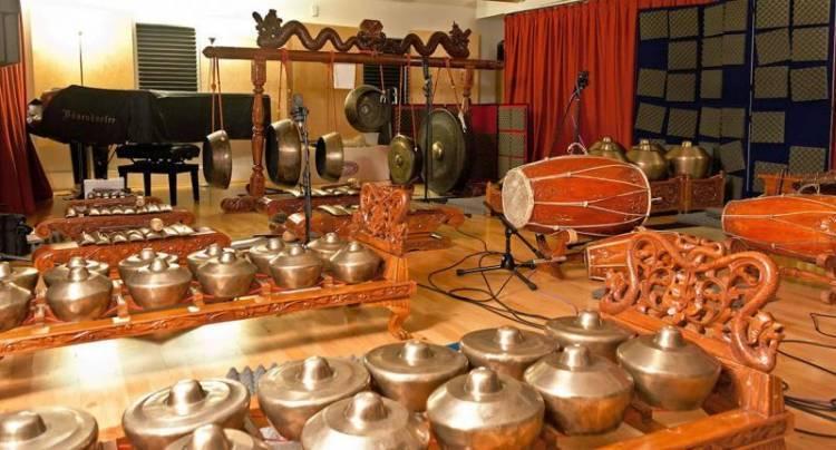 Seni Musik Tradisional indonesia