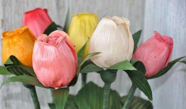 Kerajinan Bunga Tulip Dari Kulit Jagung