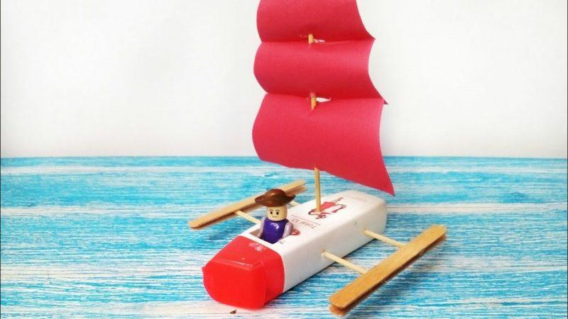 Kerajinan Dari Bentuk Kapal