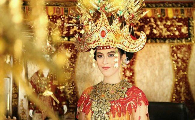 Pakaian Adat Lampung Wanita