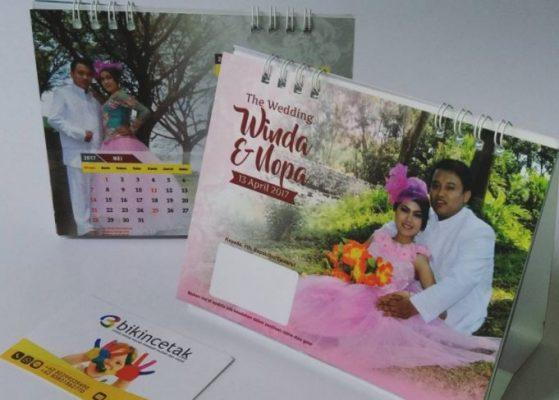 Kalender Meja dari Undangan Bekas