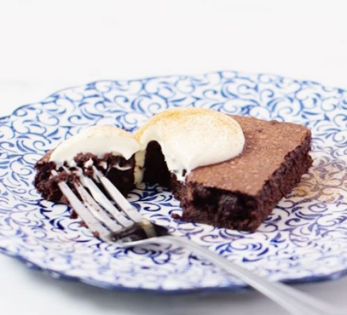 Prepare for Christmas (Recipes) Mulled Wine Brownies - courtesy of Good Food.