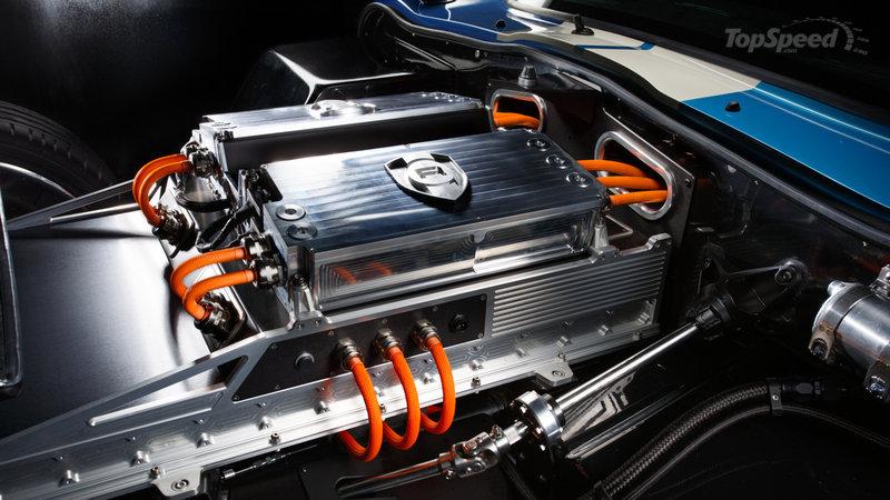 renovo-coupe-4_800x0w