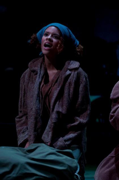 Sharlee Taylor plays Hobo Girl #1