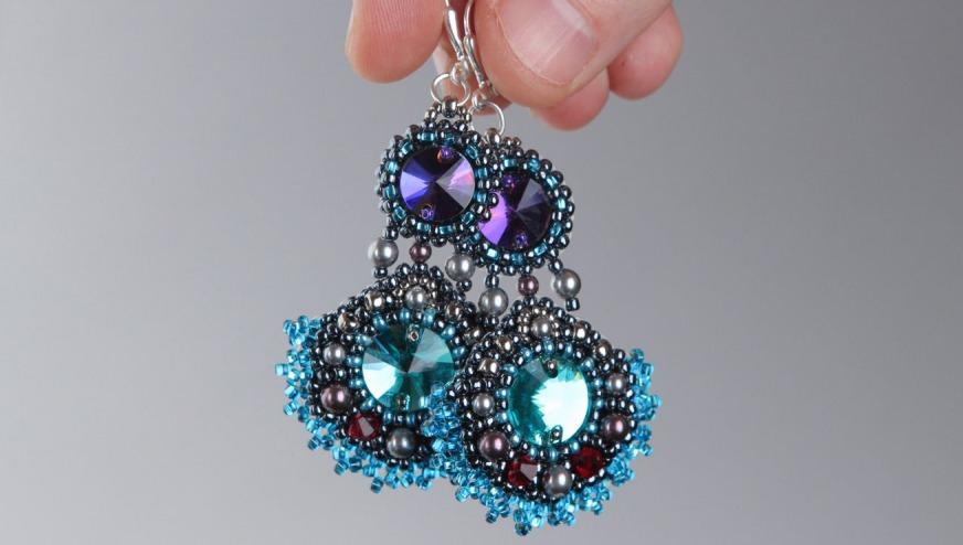 Øredobber fra perler med egne hender