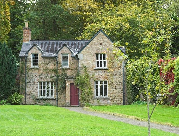 "Florence Court ""Rose Cottage"""