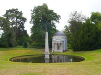 Ionic Temple & Obelisk Chiswick House, 1730.