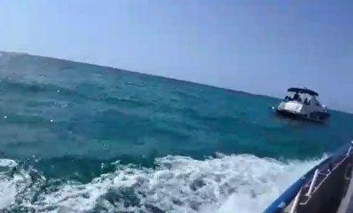 חילוץ הנערה מהספינה התקועה מול חופי הרצליה