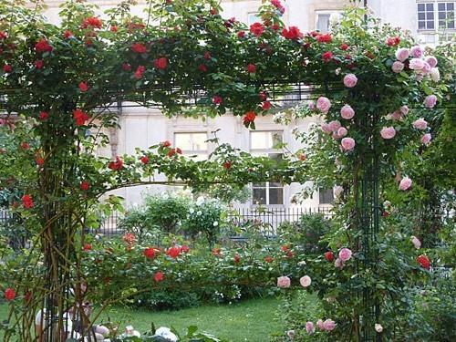 square-saint-gilles-grand-veneur-pauline-roland-2-paris-blog-hotel-20-ph-paris-custom