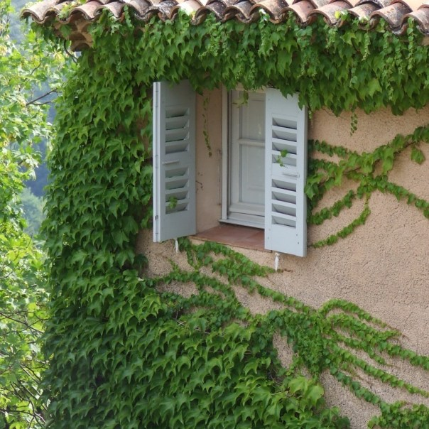 shutters and tiles of the south of france