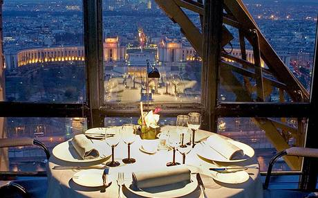 table at the restaurant 'le jules verne' in the eiffel tower