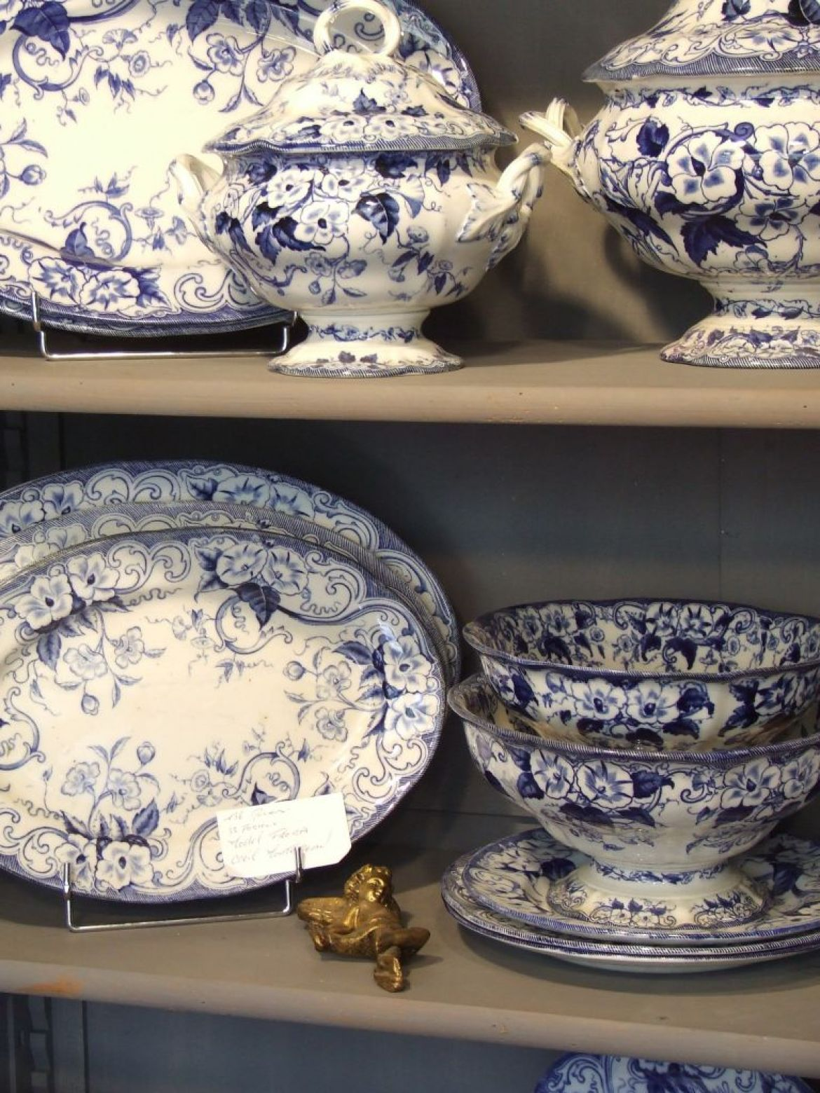 the flora  collection of blue and white creil et montereau china,