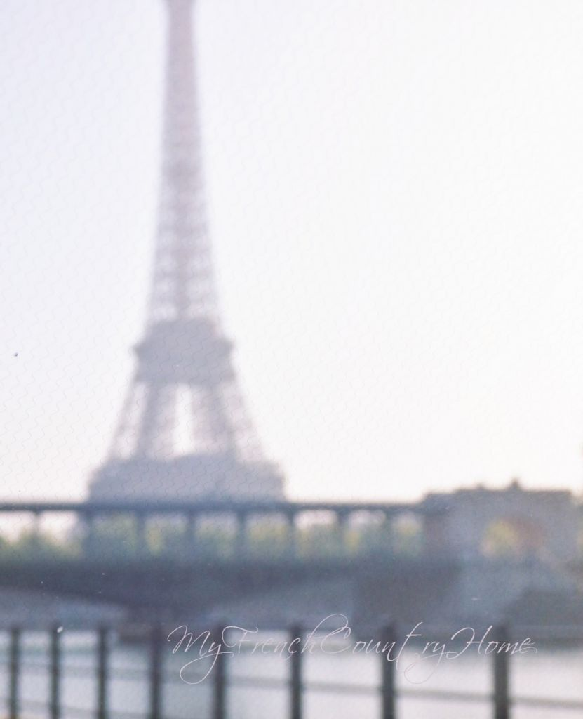 eiffel tower in the morning light