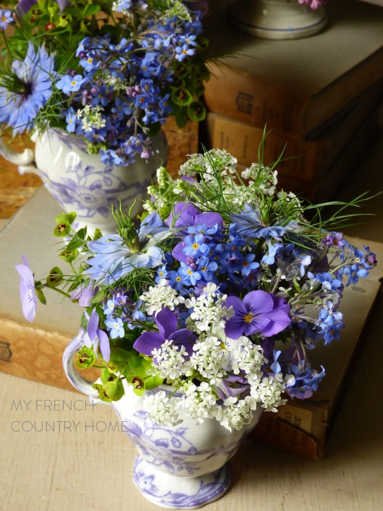 bouquet with forget me nots