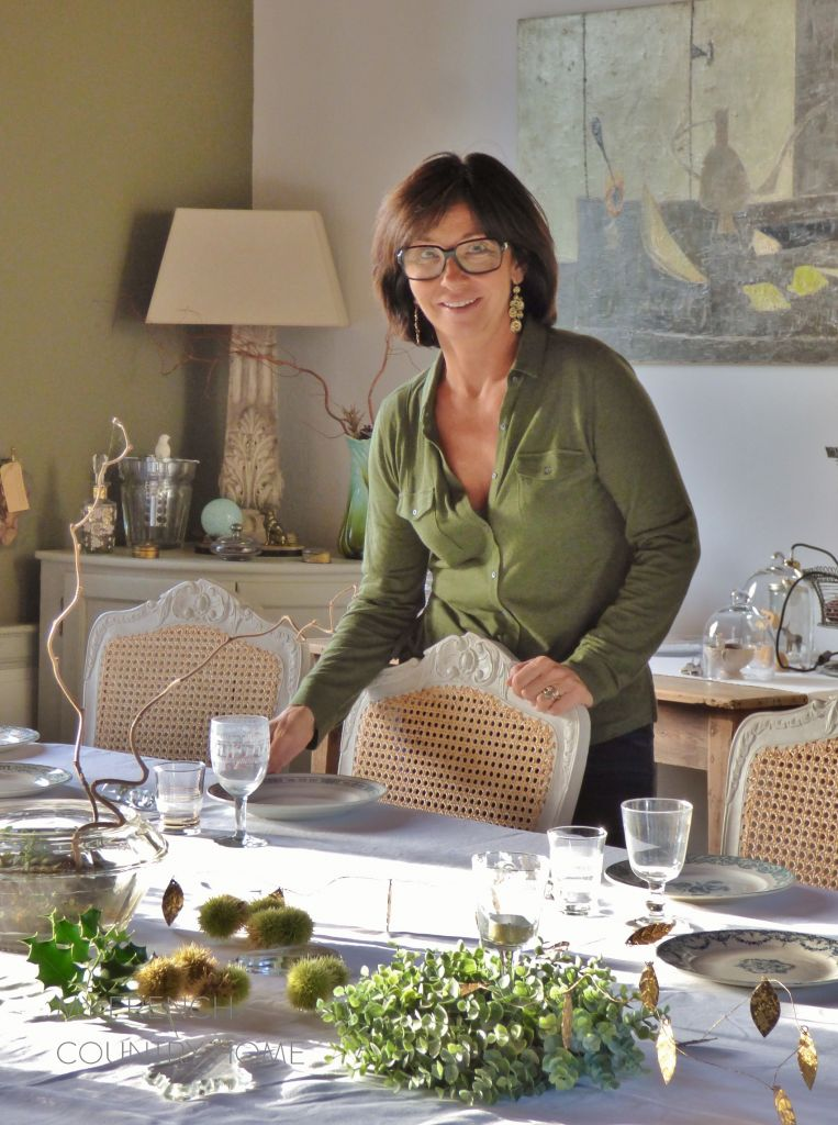 laying tabe in french dining room at La Reserve giverny