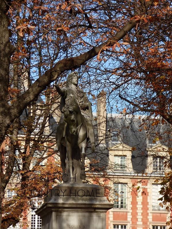 visiting paris as part of the MFCH antique tour