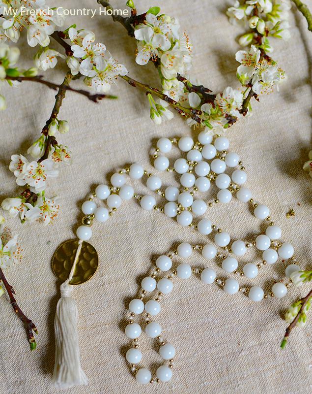 Necklace- MAY STYLISH FRENCH BOX