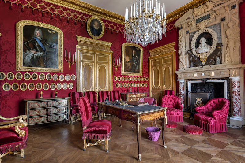 The Dukes Red Salon at Chateau de Chantilly   Grand Opening of the newly Remodeled 19th century apartments   My French Country Home