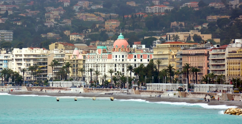 Along the Shoreline in Nice - A Year in Nice My French Country Home