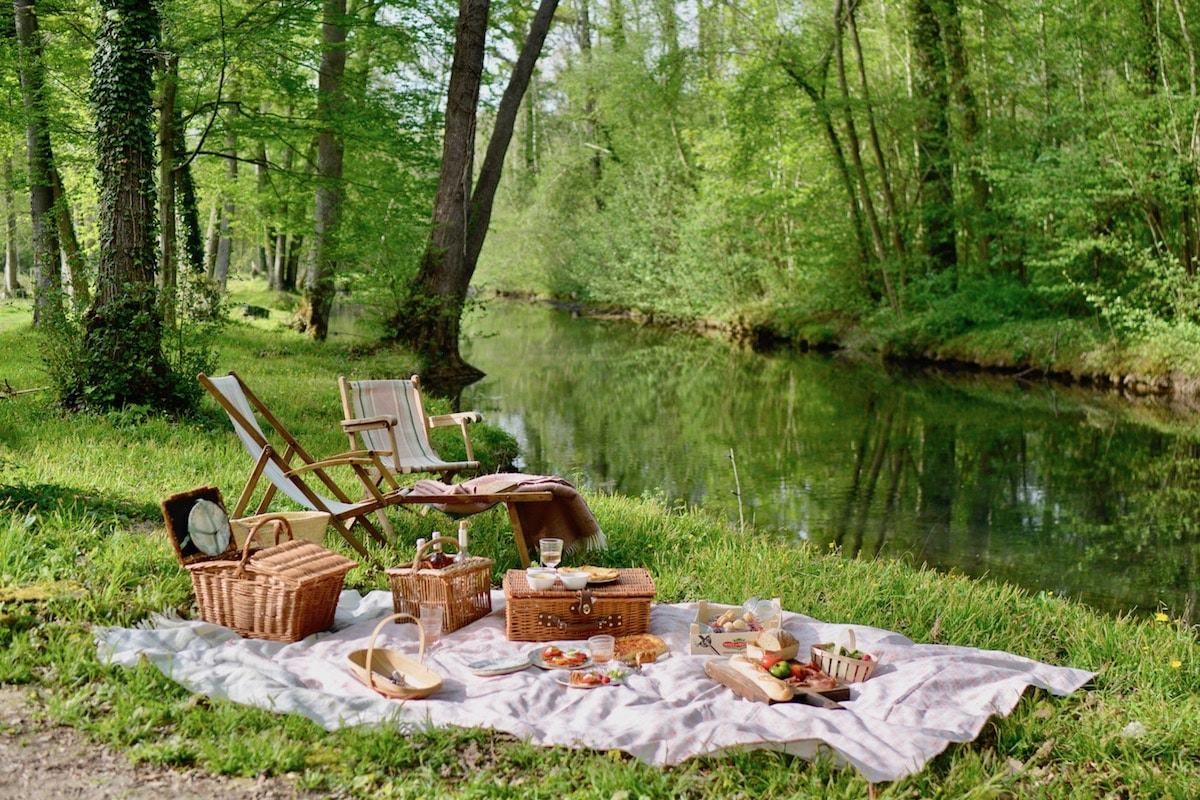 picnic by river inspiration