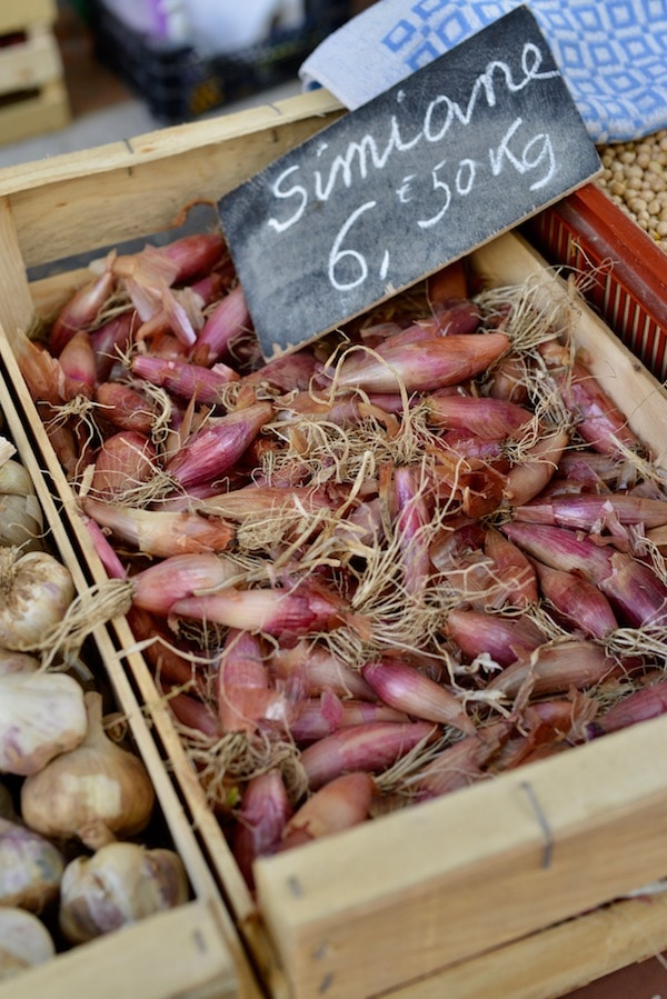 shallots for sale on french market