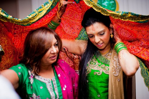 Hindu Pithi Puro Ceremony - Toronto Wedding and Family Photographer