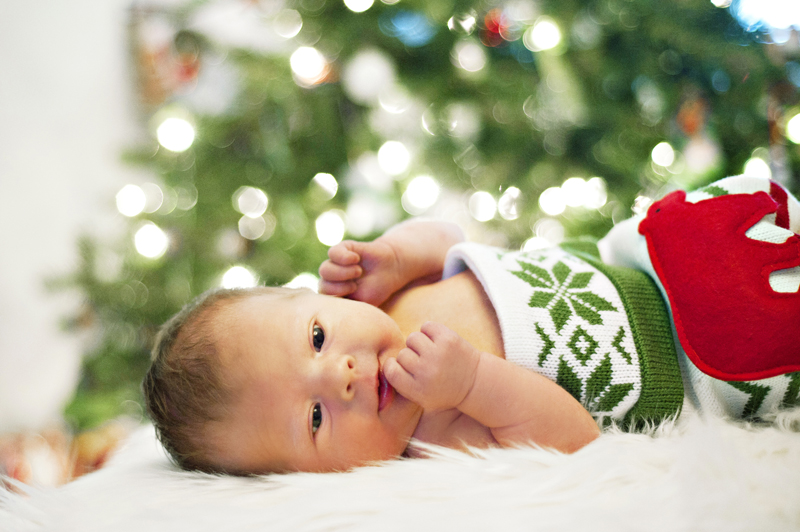 Newborn baby in home session portrait Toronto Leslieville GTA Christmas