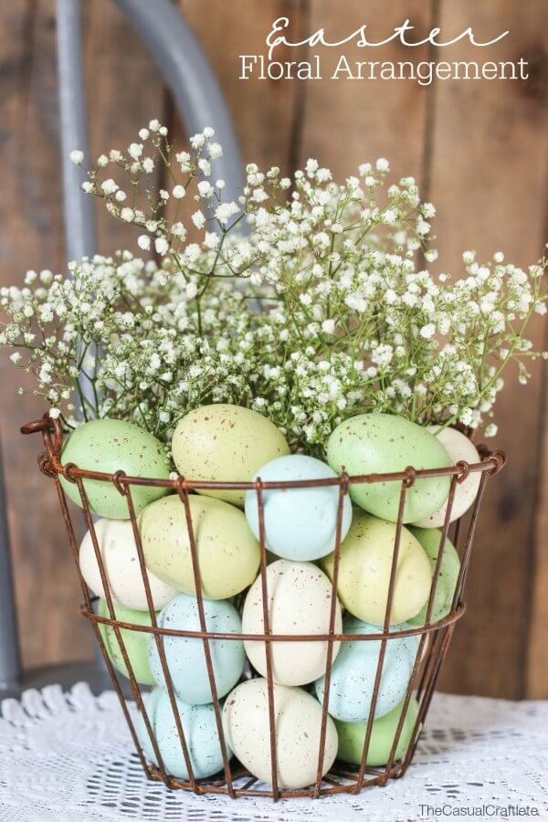 Easy and Pretty Easter Decorations For The Home | Are you looking for DIY Easter decorations ideas? These homemade Easter decorations include Easter table decorations with flowers, Easter table settings, Easter table centrepieces, Easter table ideas and elegant Easter table decorations. Plus, if you're after inexpensive Easter table decorations ideas, these are fantastic. #easterdecorations #easterdecor #eastertable #eastertabledecorations #centerpieces #easter