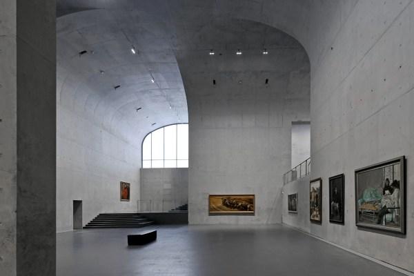 Shanghai Largest Art Built