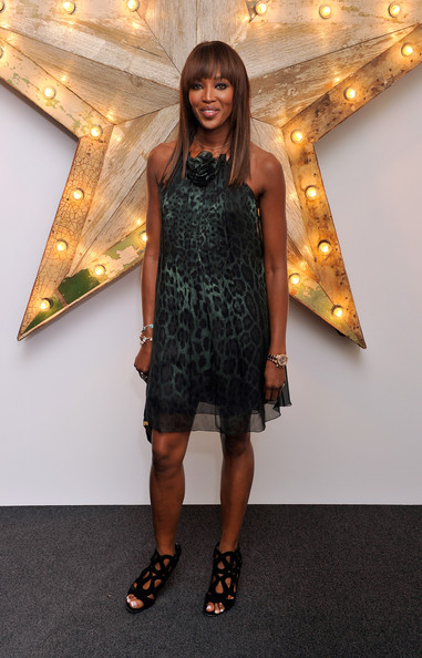 Naomi Campbell Net-a-porter d&g