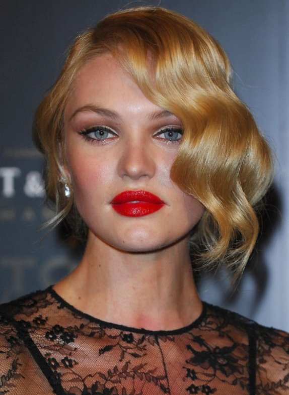 candice make up red lips