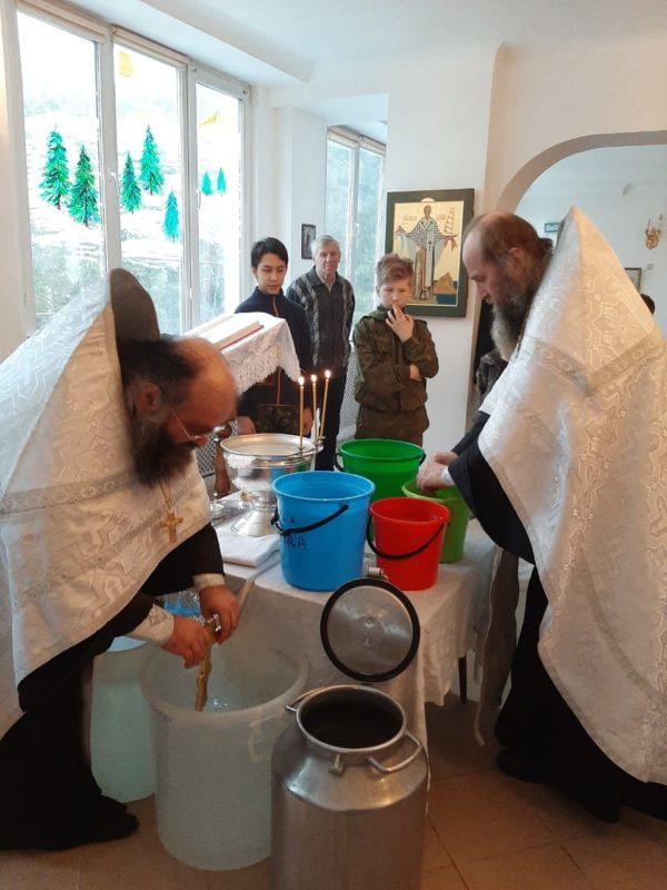 Праздничное богослужение  Крещения Господня