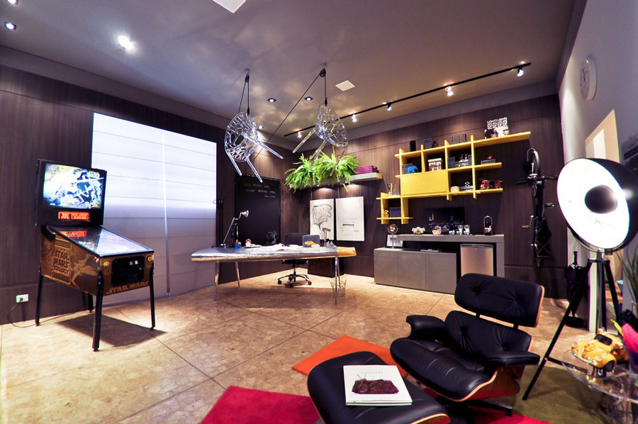 Best Awesome Home Office With Pinball Machine Decor Interior This Month