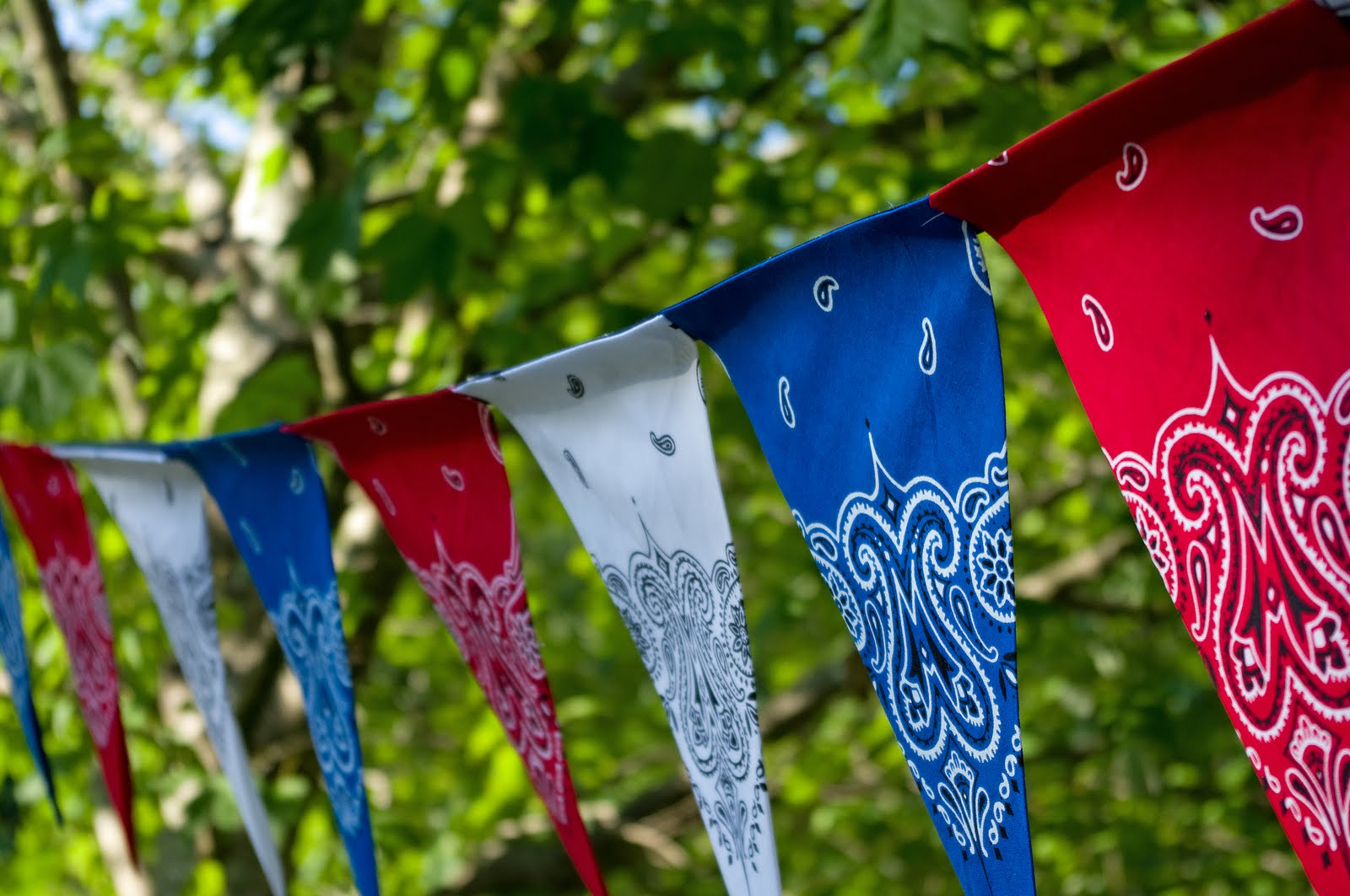 Best July 4Th Diy Easy Patriotic Bandana Decor – Better This Month